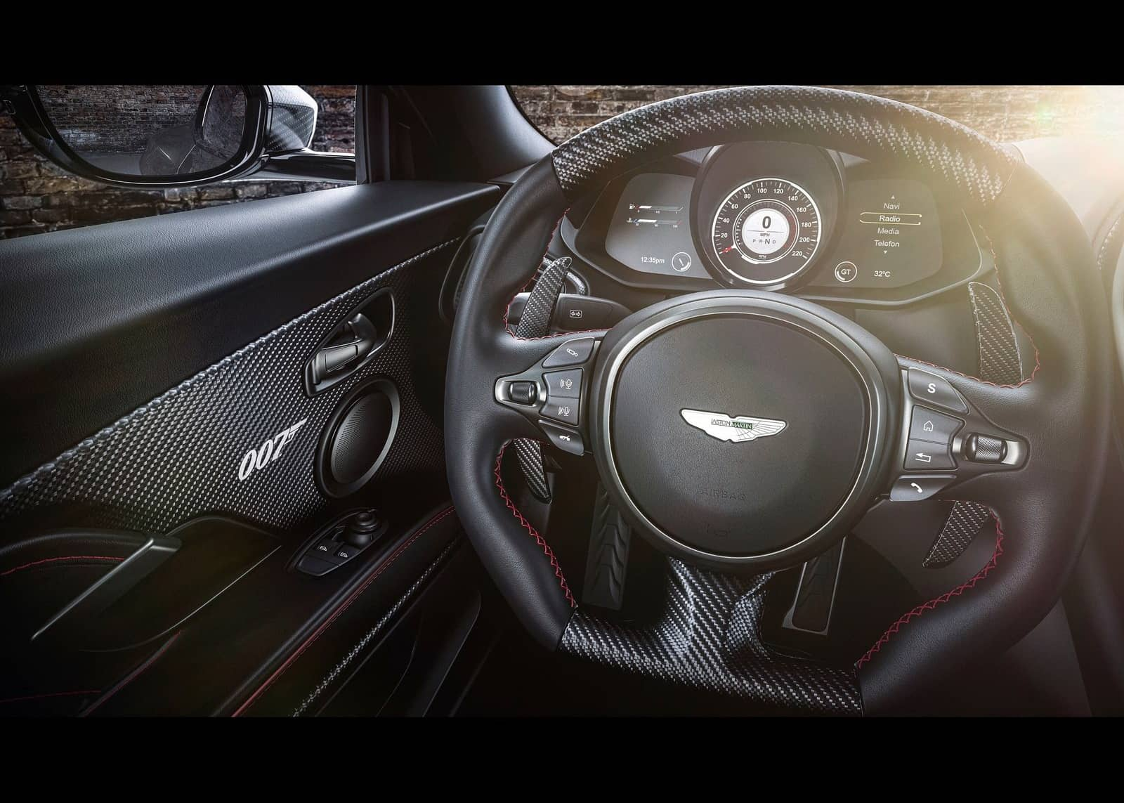 Aston Martin DBS Superleggera 007 Edition-3