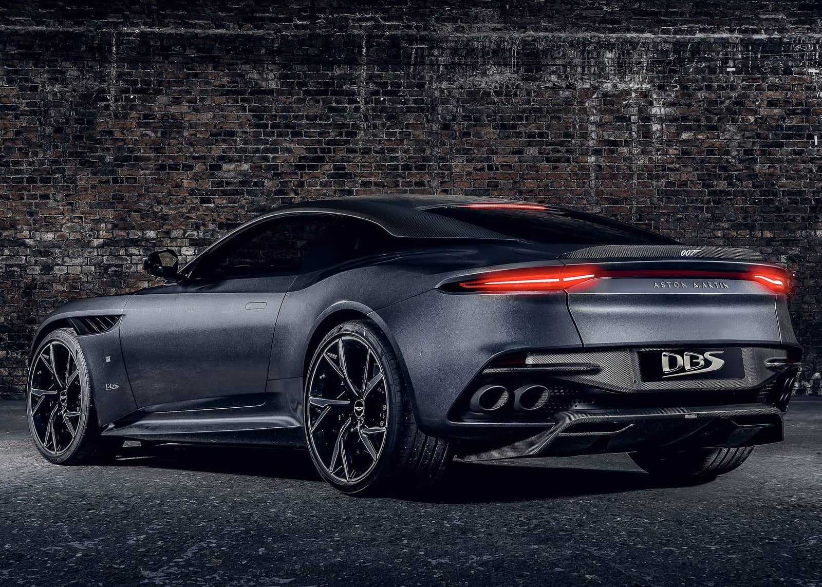 Aston Martin DBS Superleggera 007 Edition-6
