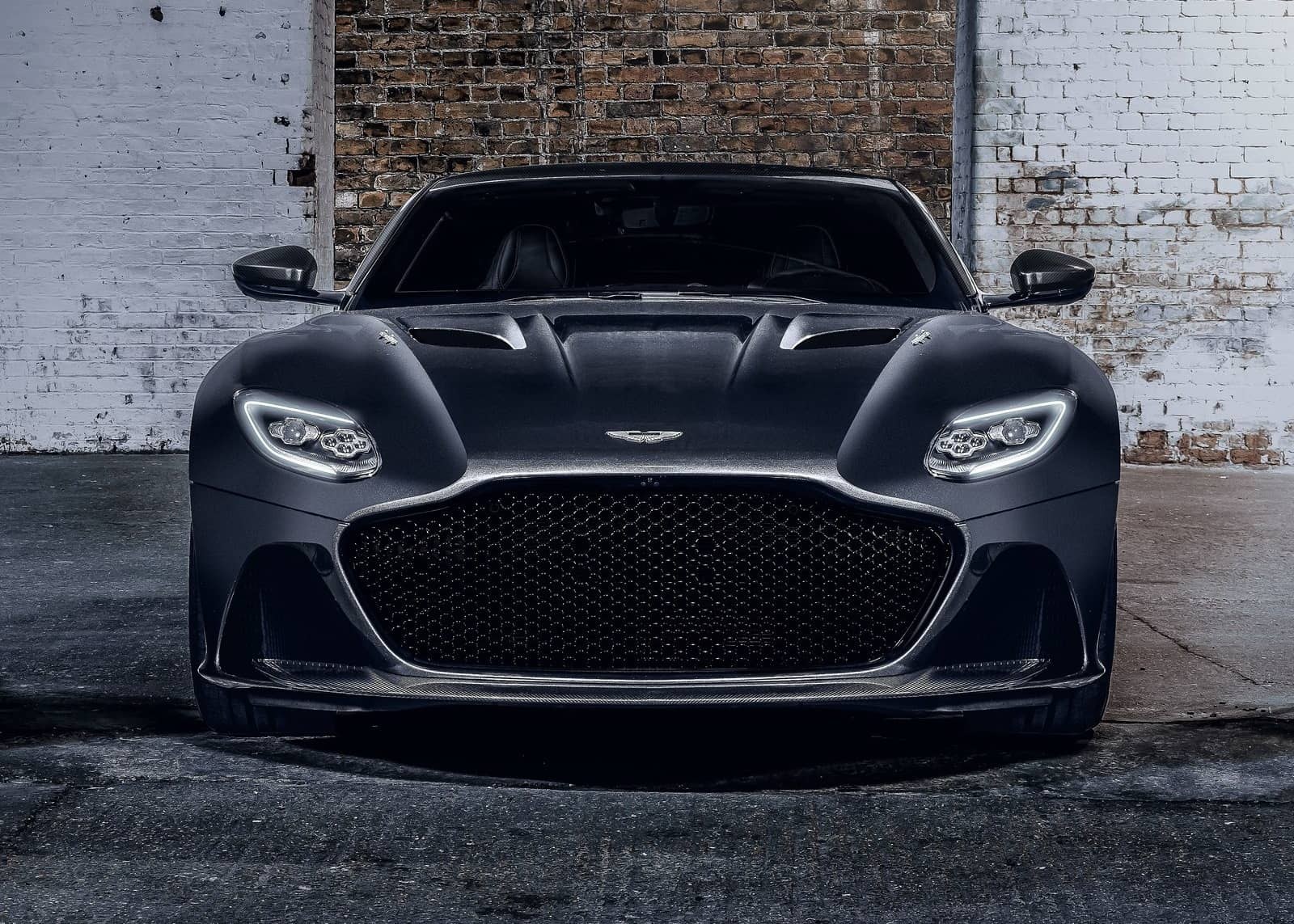 Aston Martin DBS Superleggera 007 Edition-7
