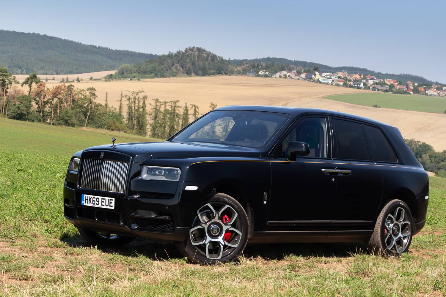 Rolls-Royce Cullinan Black Badge (1)