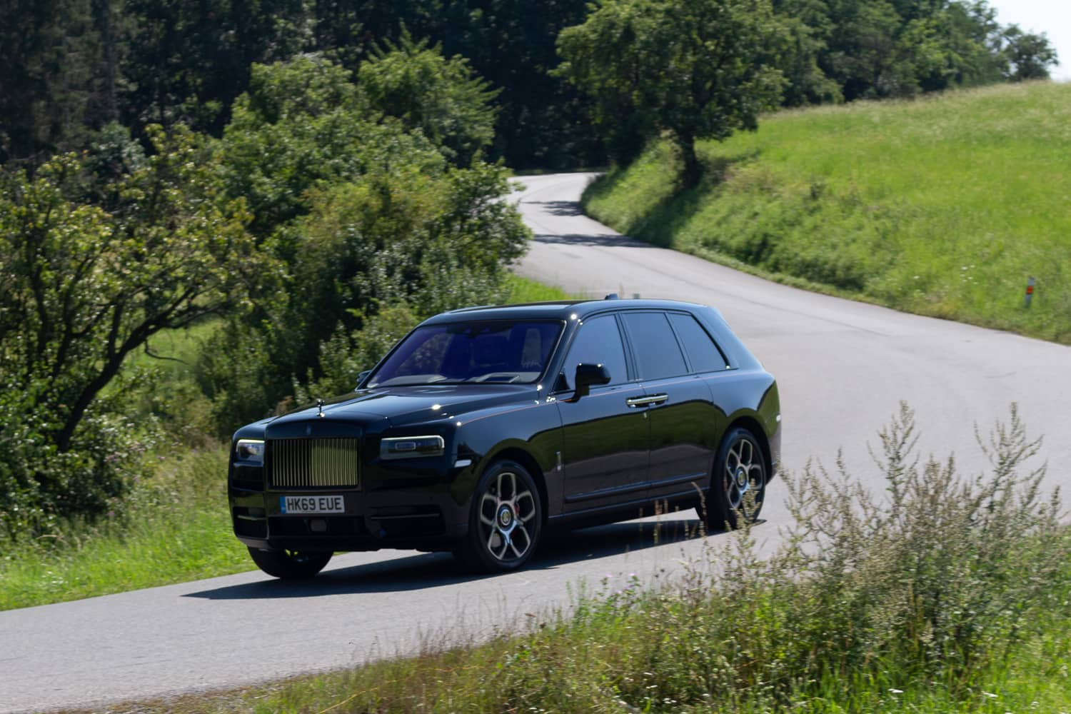 Rolls-Royce Cullinan Black Badge (12)