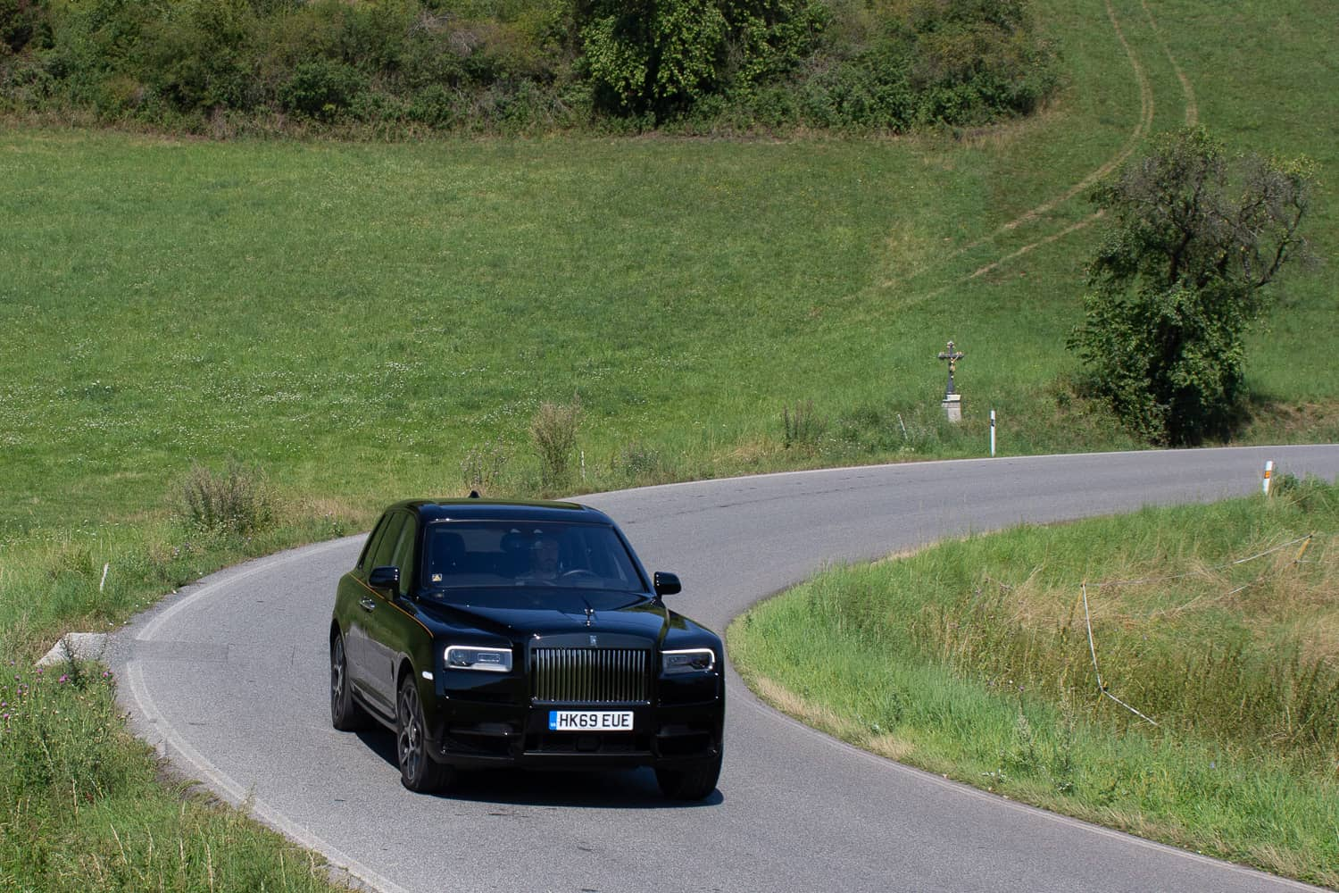 Rolls-Royce Cullinan Black Badge (14)