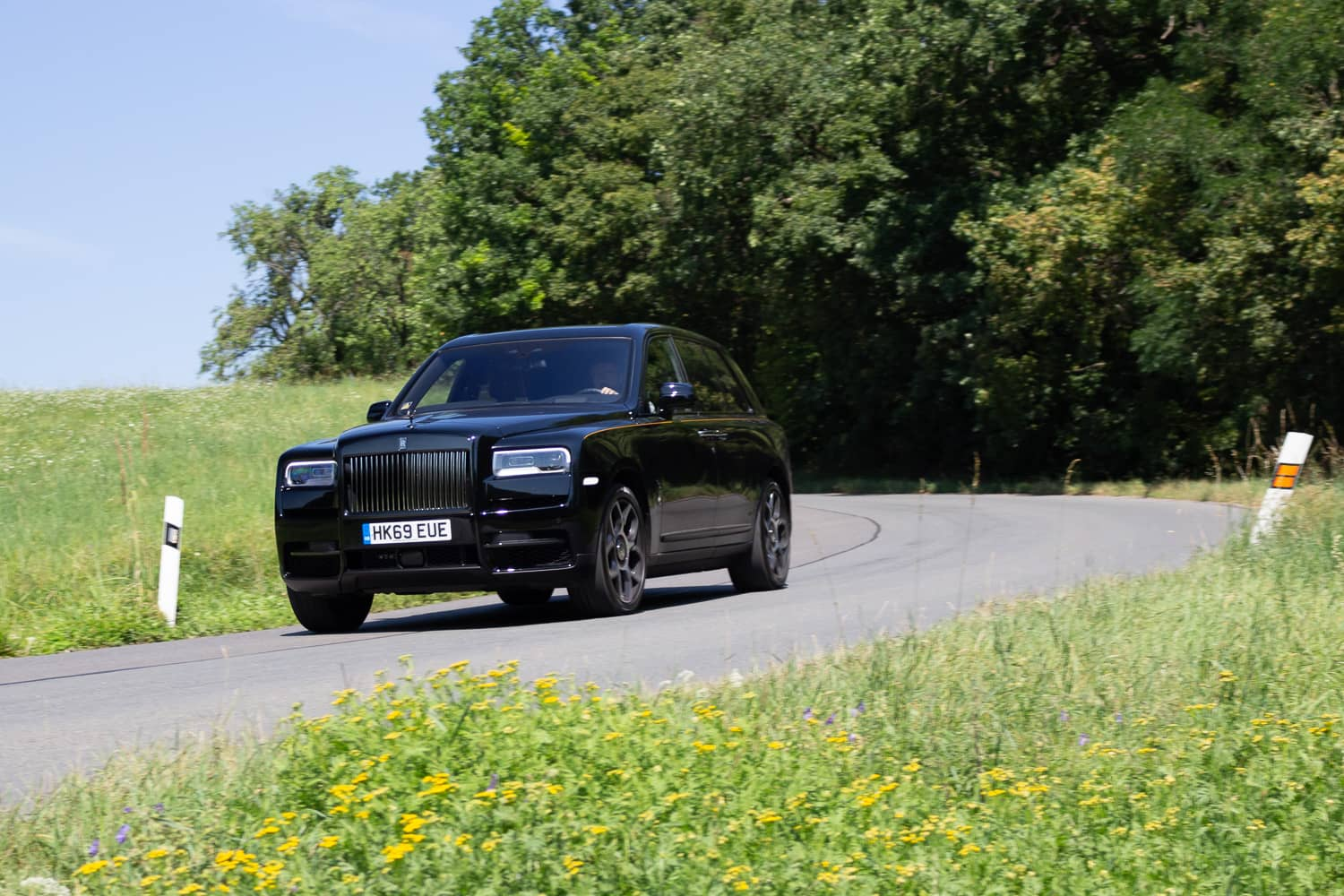 Rolls-Royce Cullinan Black Badge (17)