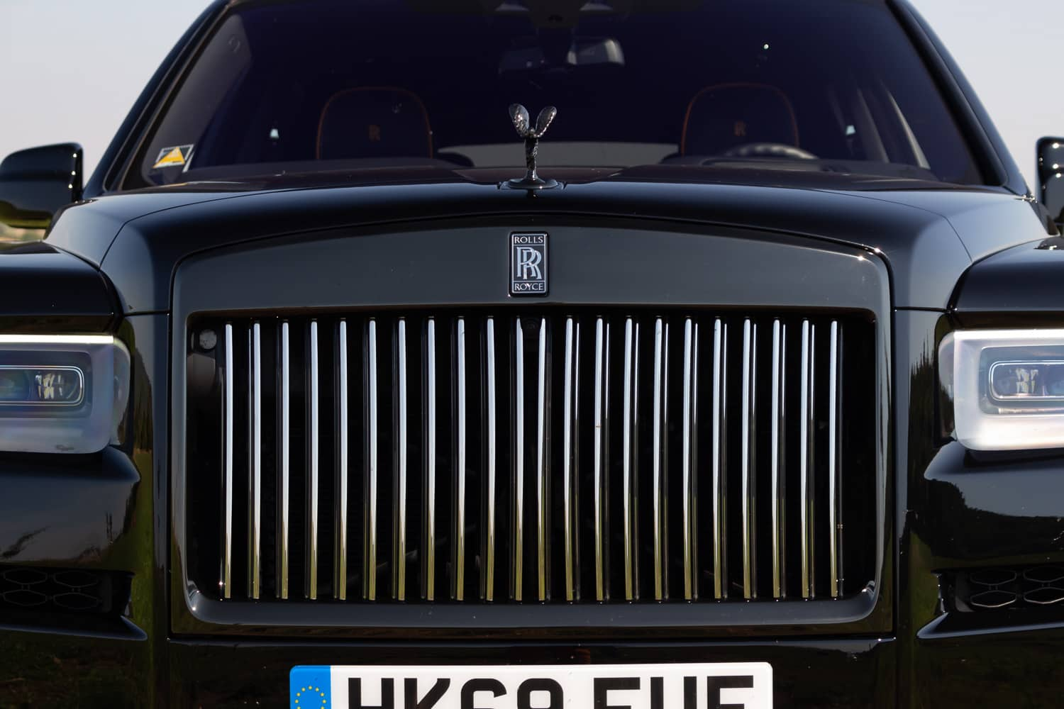 Rolls-Royce Cullinan Black Badge (4)