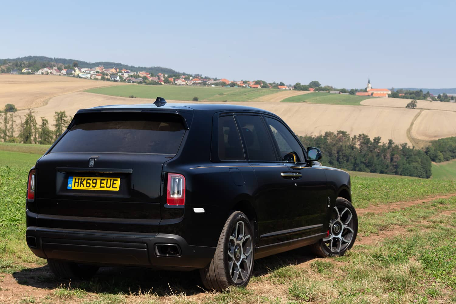 Rolls-Royce Cullinan Black Badge (8)