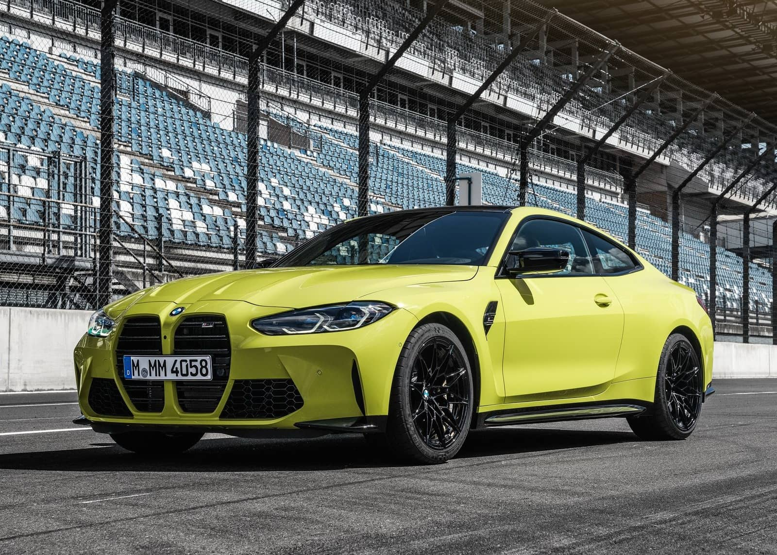 BMW-M4_Coupe_Competition-2021-1600-03