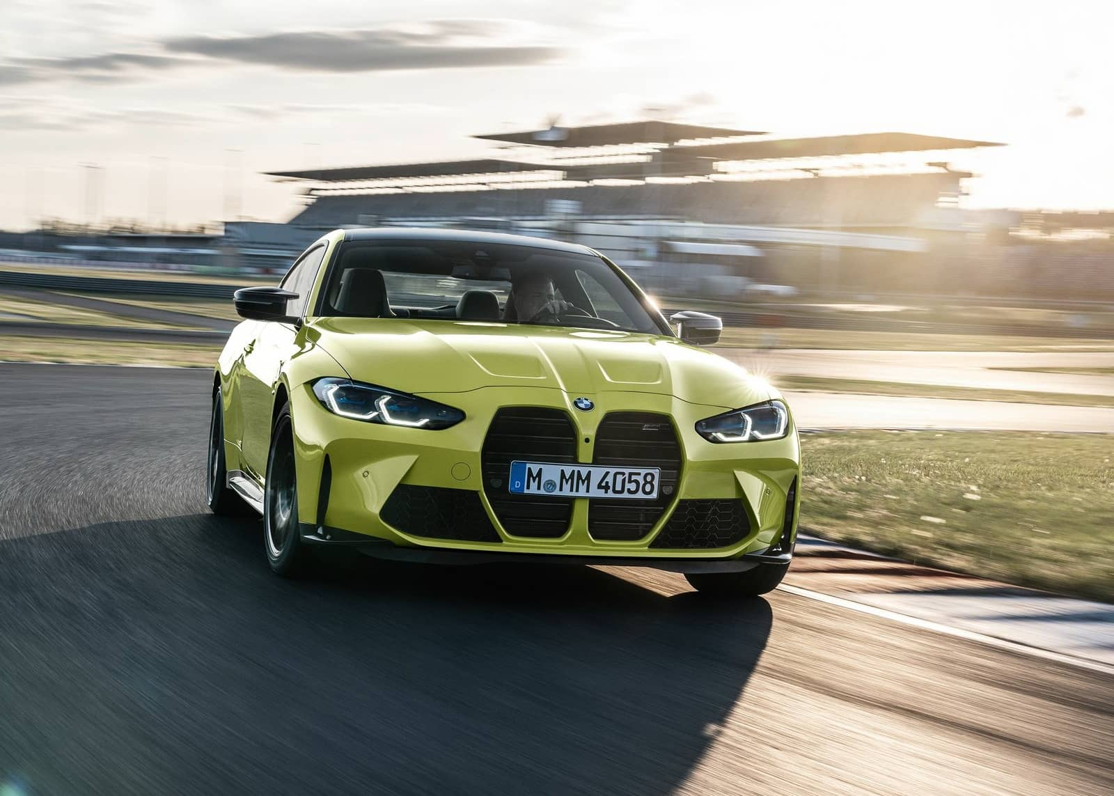 BMW-M4_Coupe_Competition-2021-1600-08