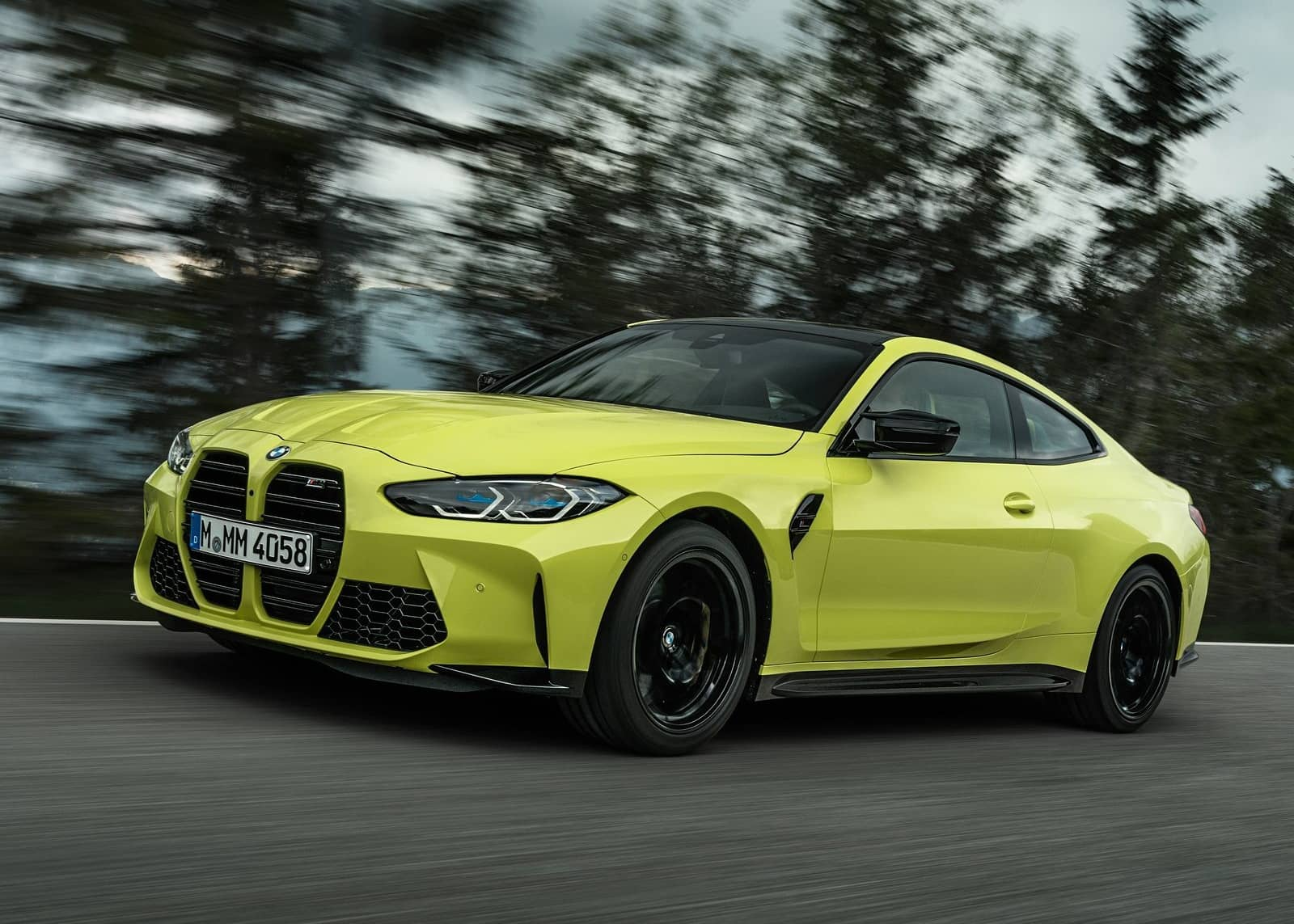 BMW-M4_Coupe_Competition-2021-1600-09