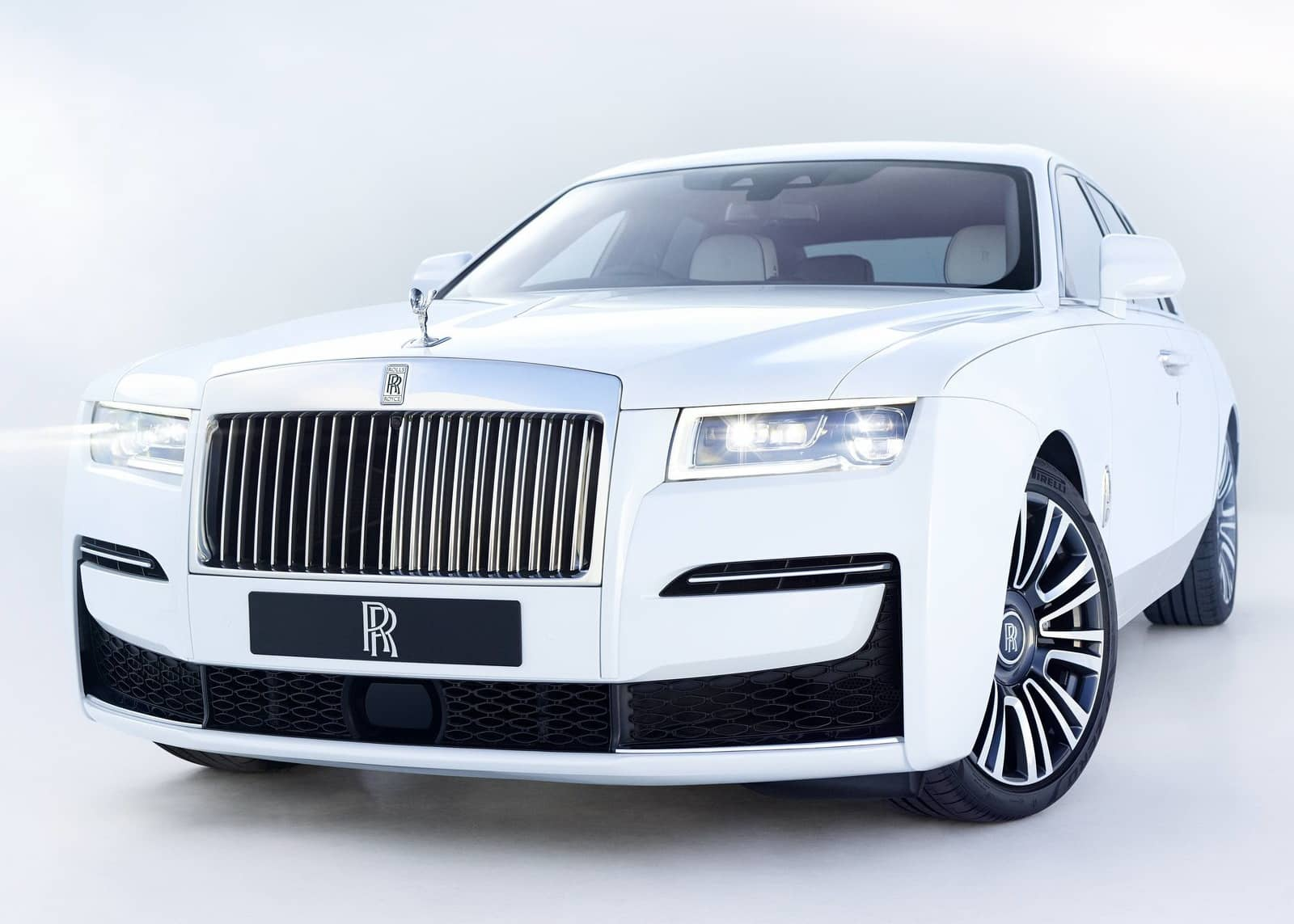 Rolls-Royce Ghost (1)