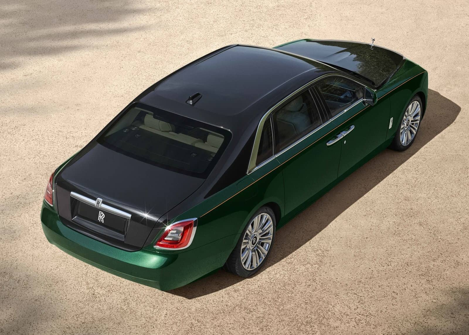 Rolls-Royce-Ghost_Extended-2021-1600-02