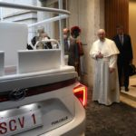 A hydrogen popemobile for His Holiness Pope Francis (10)