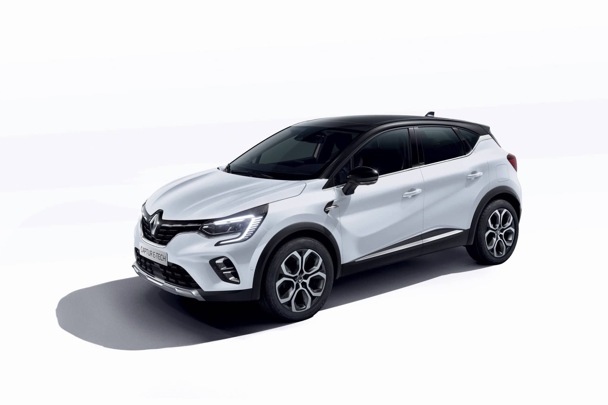 mini-2020 – New Renault CAPTUR E-TECH Plug-in (8)