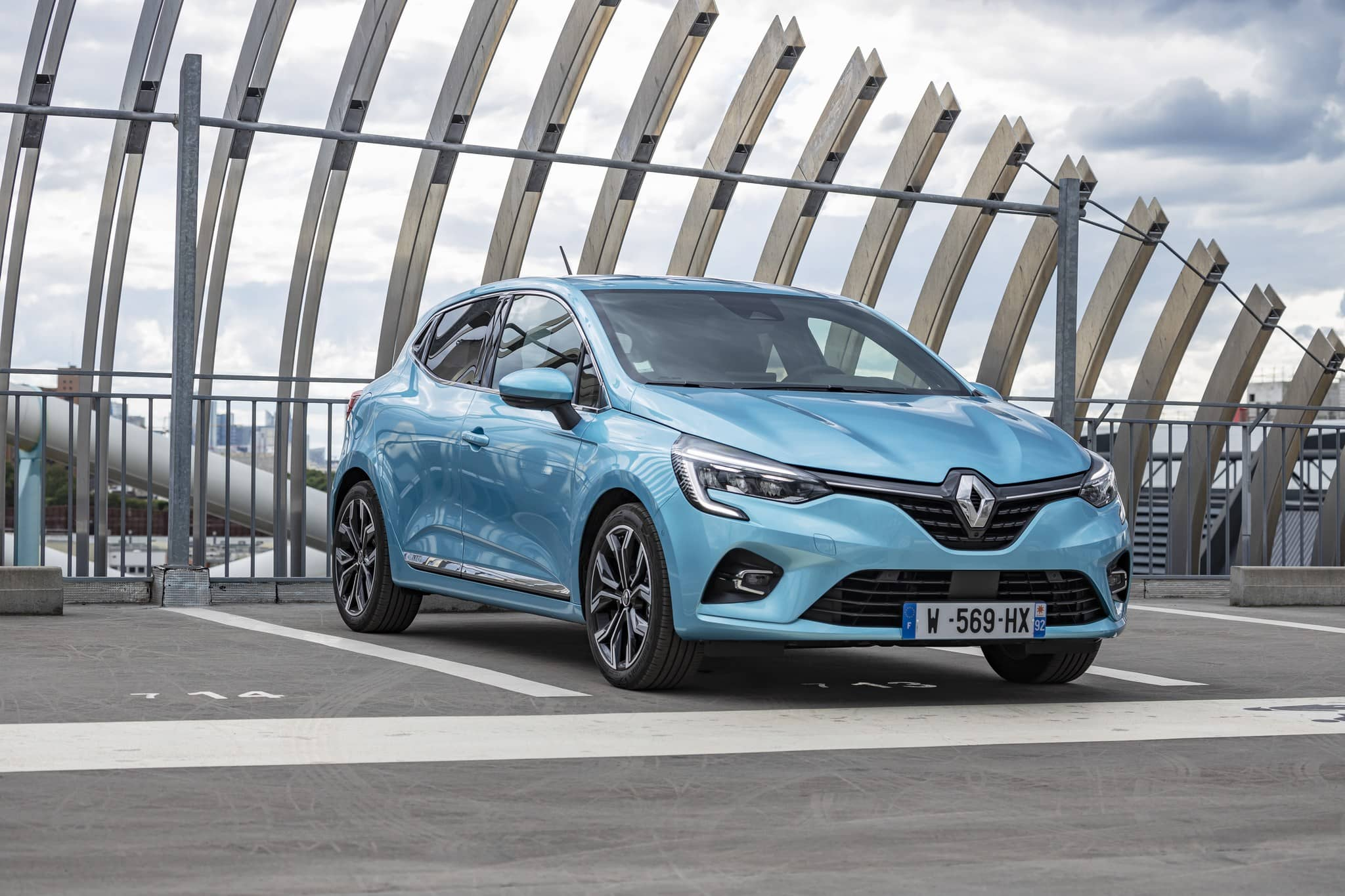 mini-2020 – Renault CLIO E-TECH tests drive (21)