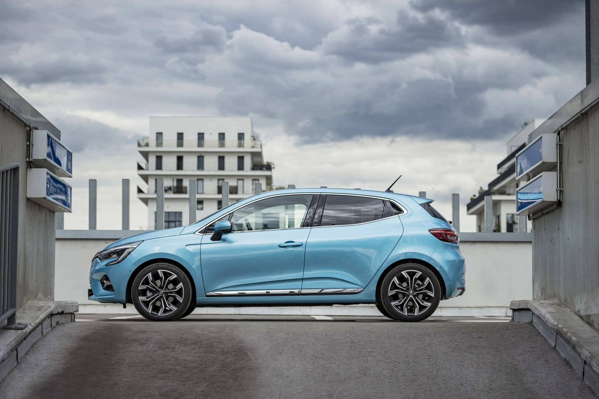 mini-2020 – Renault CLIO E-TECH tests drive (22)