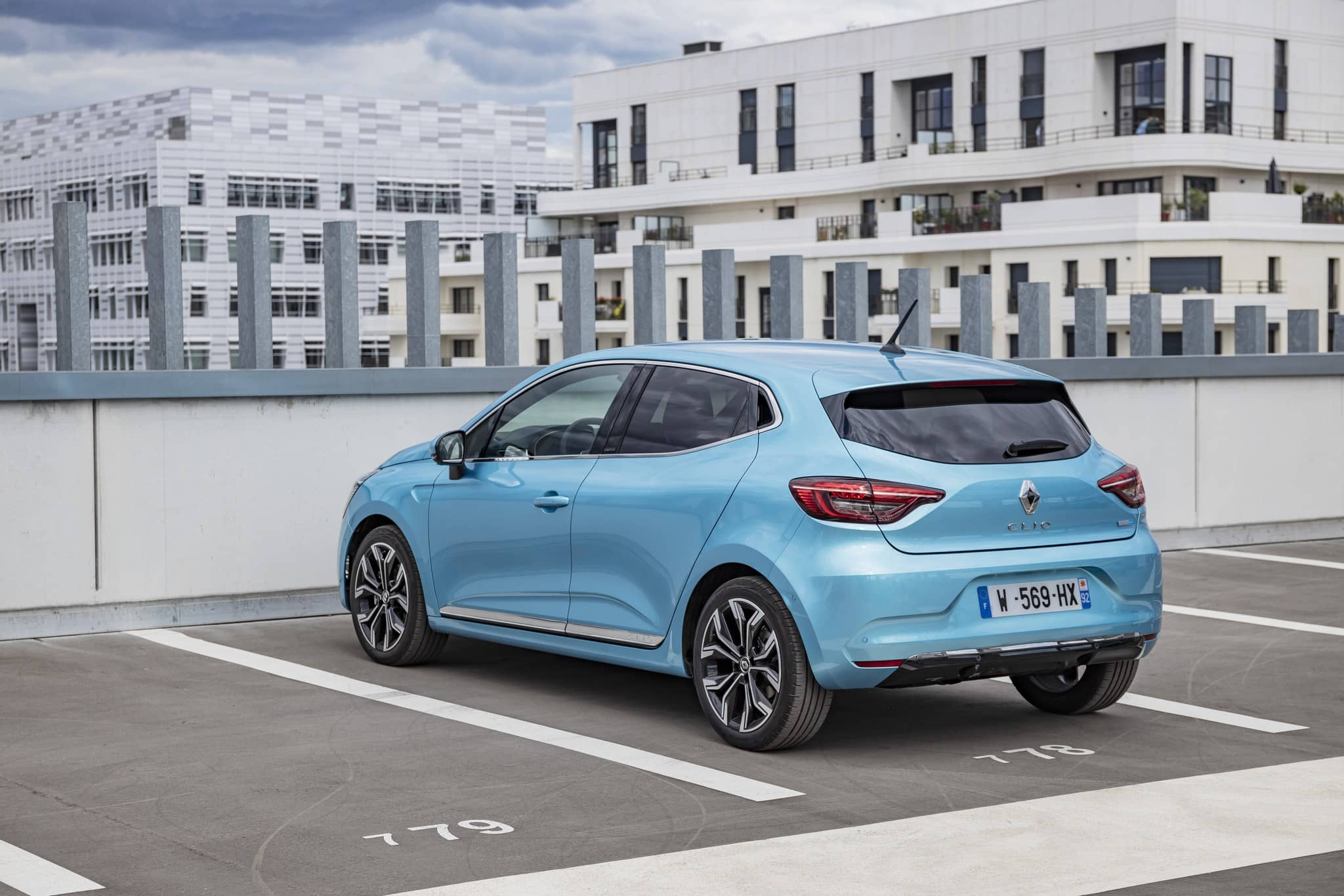 mini-2020 – Renault CLIO E-TECH tests drive (25)