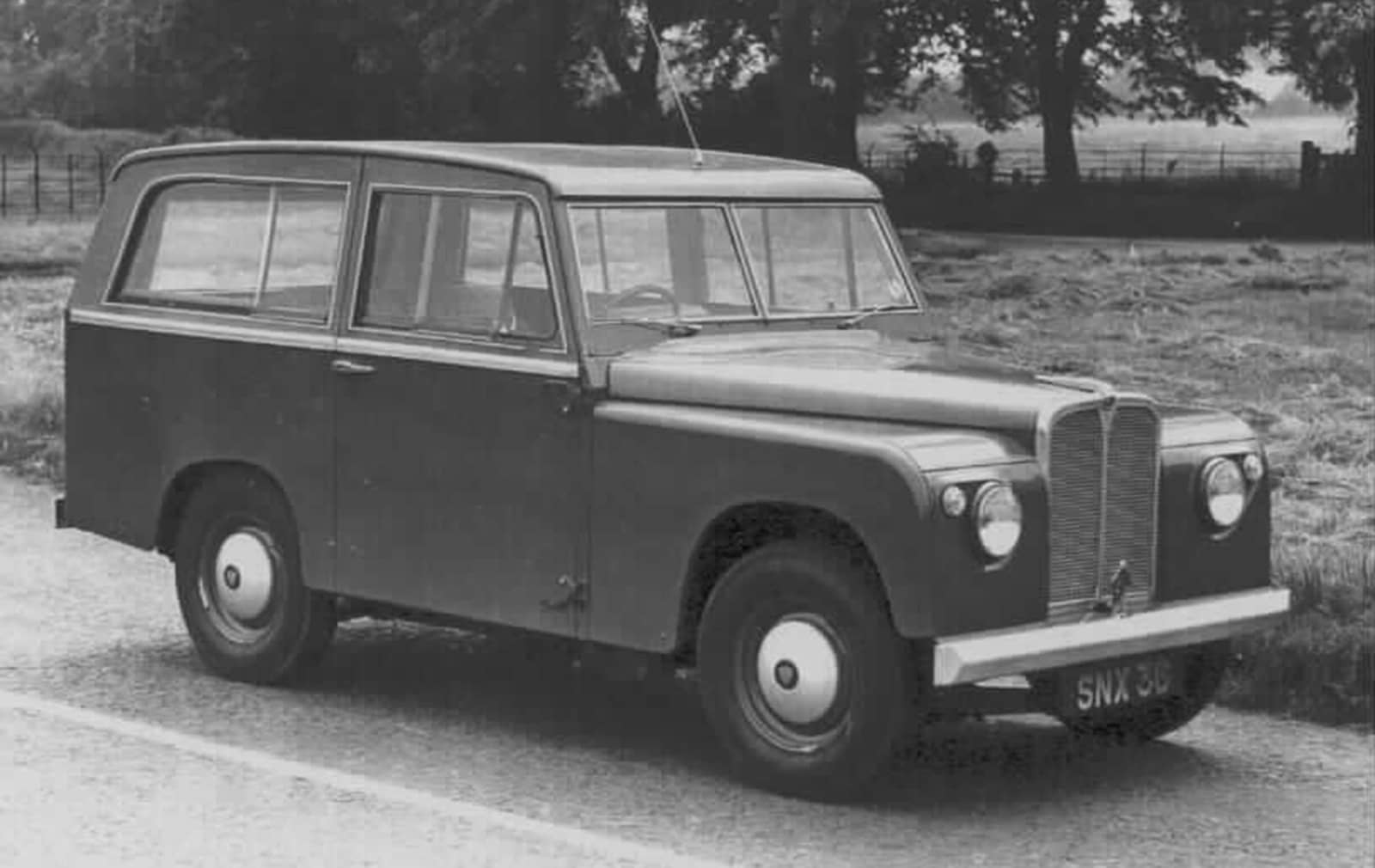 land-rover-road-rover-snx-36-from-the-1950s_100624616_h