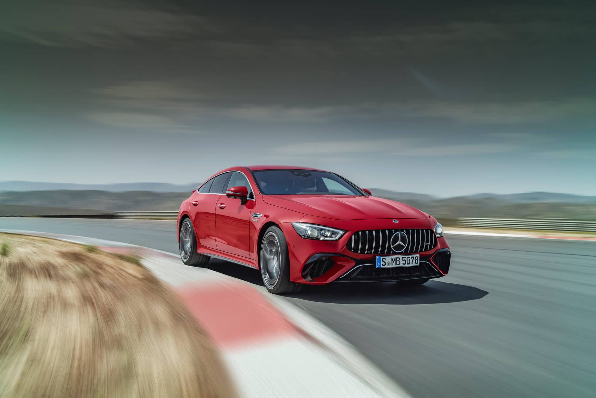 mercedes-amg gt 63 s eperformance (9)